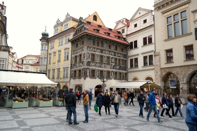 rag Reiseblog Lifestyleblog Fashion Wochenende Ideen Tipps Empfehlungen Reisebericht Missbonnebonne Rathausplatz Rathausuhr