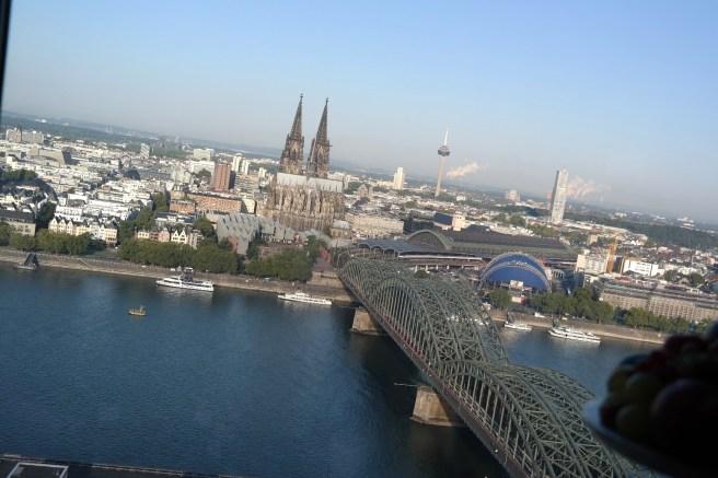Kind und Jugend 2015 Messe Neuheiten Mamablog Bloggertreffen Aden Anais Disneybreakfast Baby Geschenk zur Geburt zum ersten Geburtstag sky Cologne