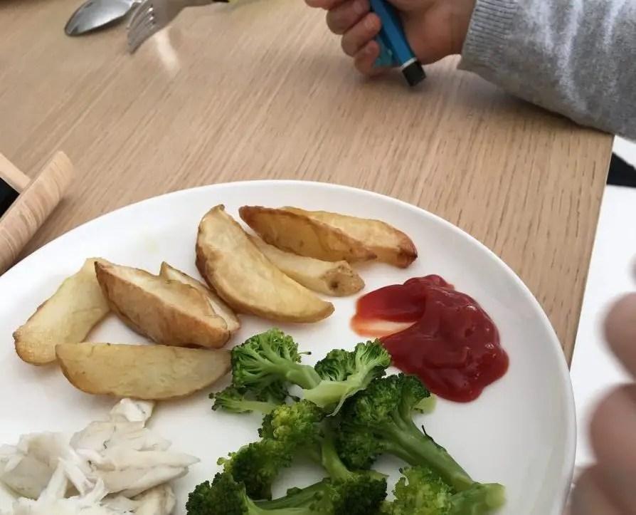 Essen in Israel - Broccoli, Kartoffeln