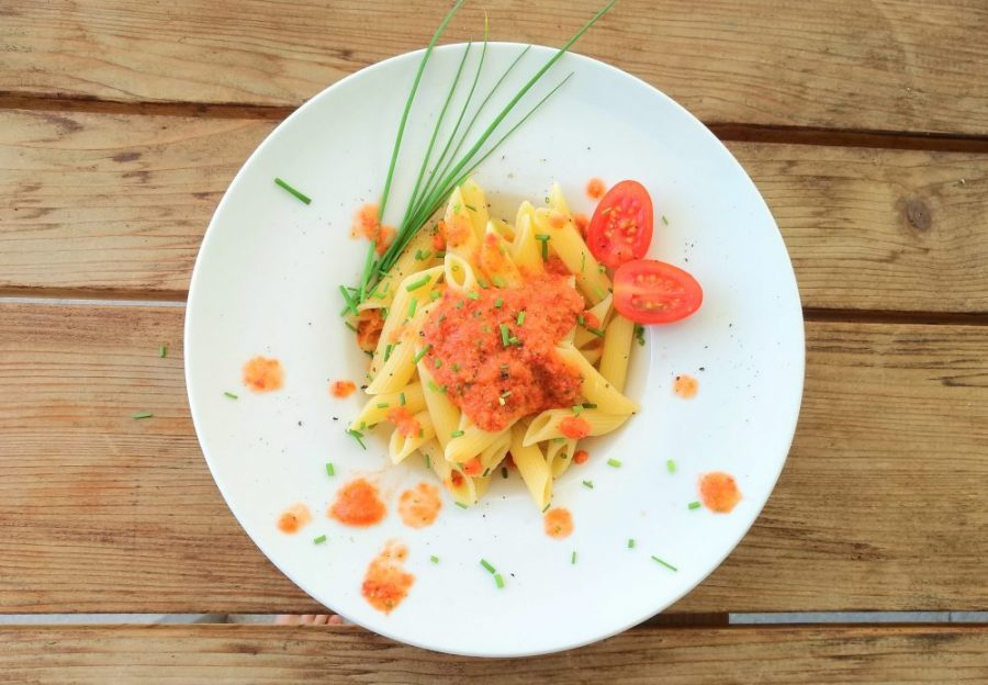 Kalte Gazpacho-Sauce mit Pasta rezept familie kinder