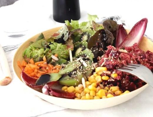 Buddha Bowl rainbow Quinoa Salat rezept vegetarisch