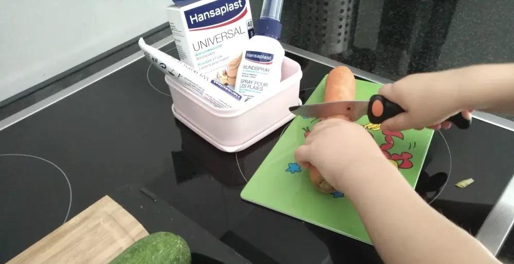 hansaplast sicher küche kind baby tipps pflaster erste hilfe mamablog kochen mit kindern