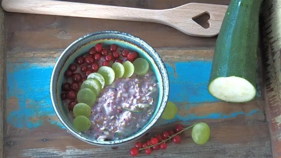Zoats Zucchini Oats porridge frühstück vegan zucchetti rezept foodblog