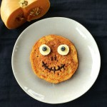 kürbis monster pancakes halloween rezept pfannkuchen kinder foodlbog mamablog einfach lustig apfelmus