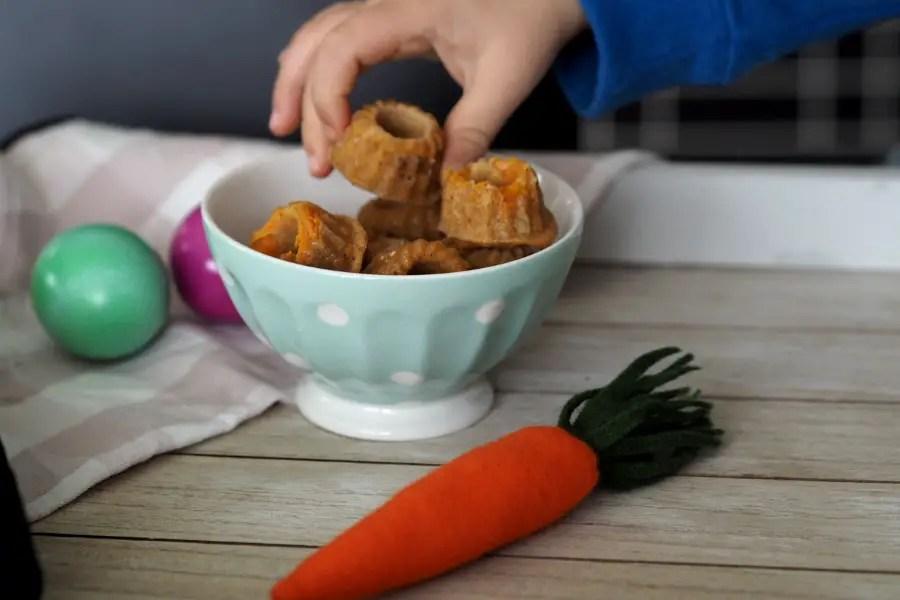 karotten gugl muffin rüebli ostern kinder ohne zucker pikant rezept einfach schnell brunch familienrezept kleinkind fingerfood blw