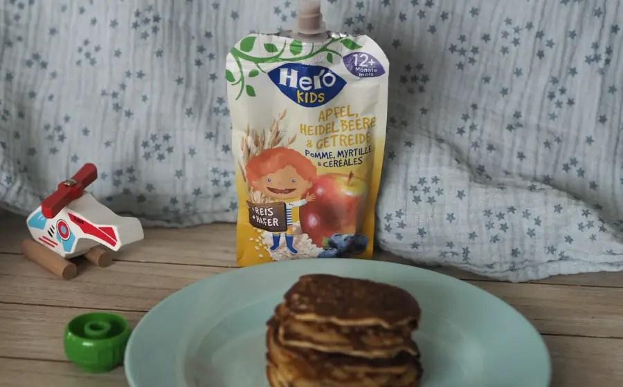 pancakes zucchetti zucchini apfelmus kinder gemüseverweigerer gemüsemuffel rezept einfach schnell mittagessen, kinder, familie, fingerfood, blw babyled weaning