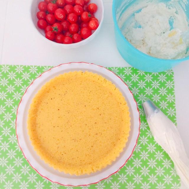 Crostata furba salata spuma di ricotta e pomodorini._preparazione