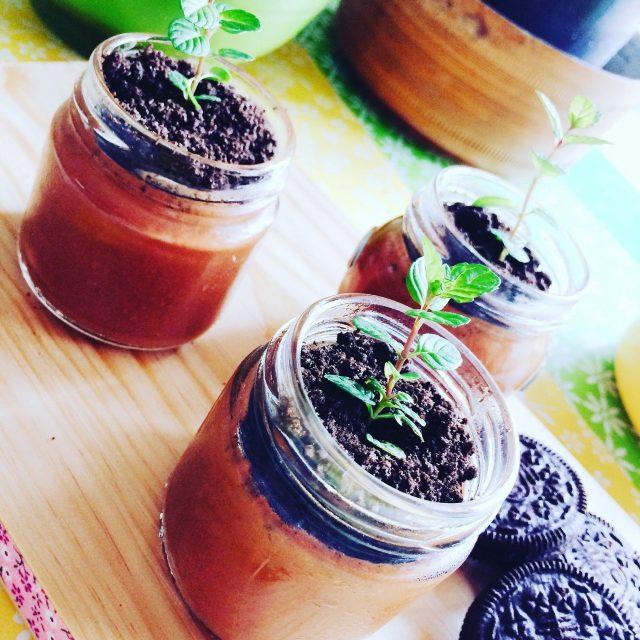 Mousse al cioccolato e biscotti oreo
