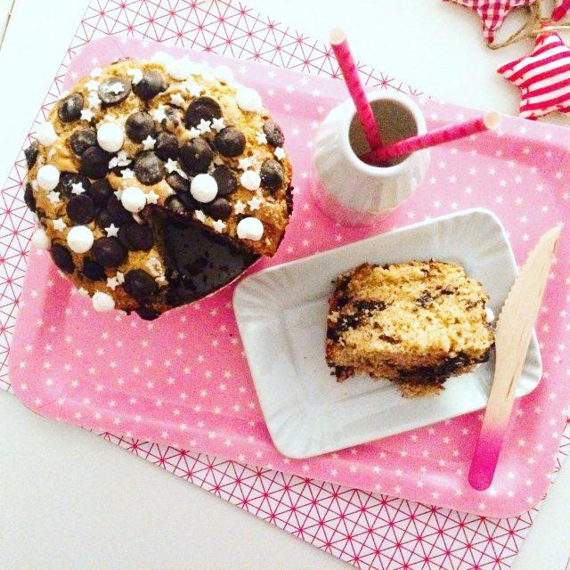 Mega Muffin al cioccolato e arancia con fetta