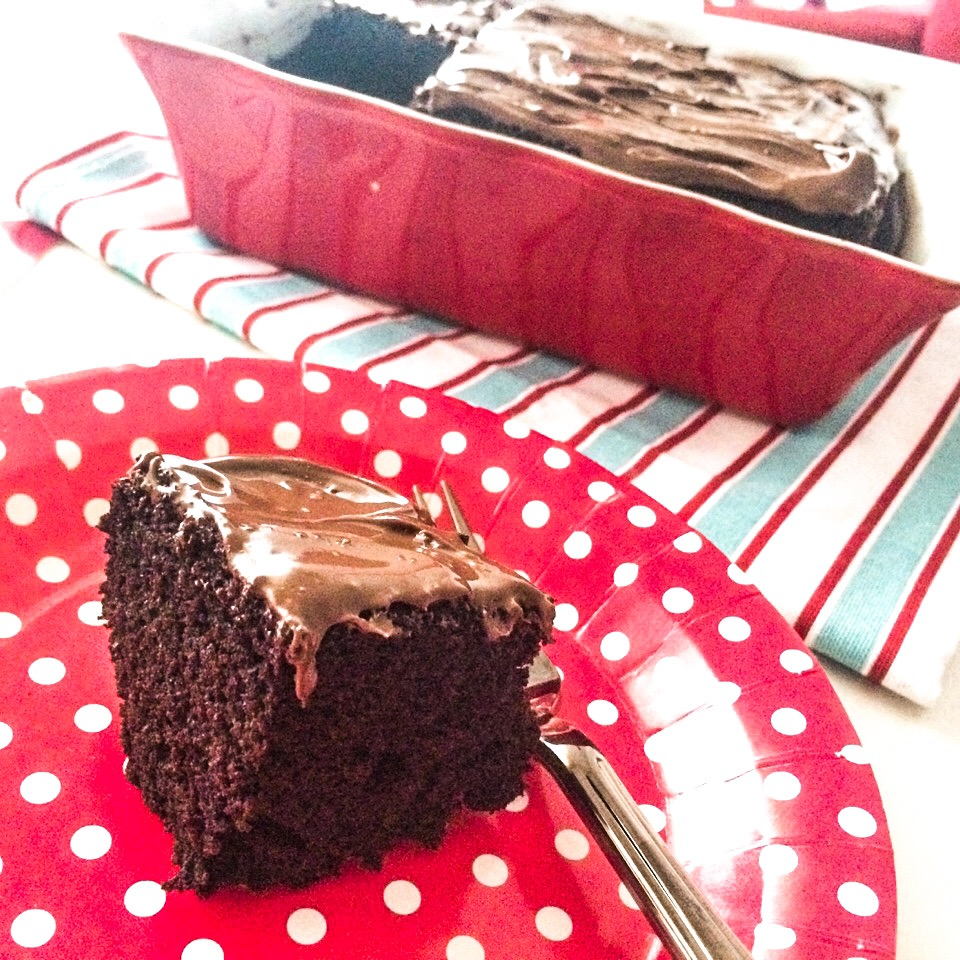 Crazy cake con fetta