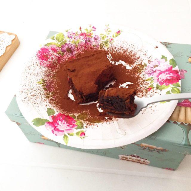 Torta Barozzi con cucchiaino