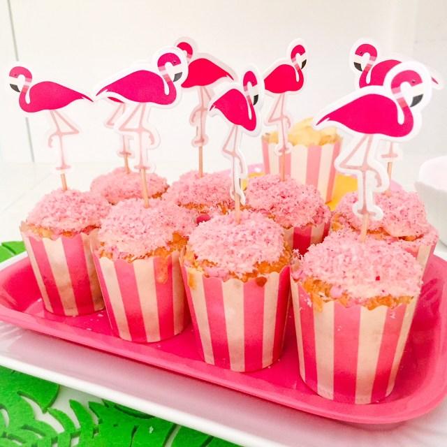 Muffin al cioccolato bianco e cocco (rosa)_Fenicocco da servire
