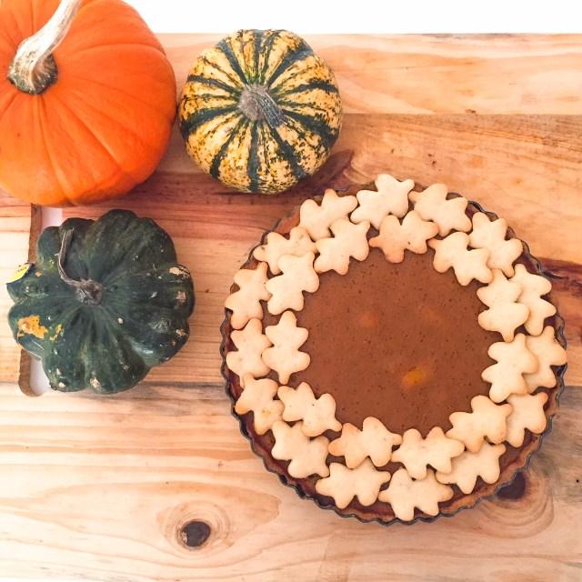 PUMPKIN PIE con foglie biscotto