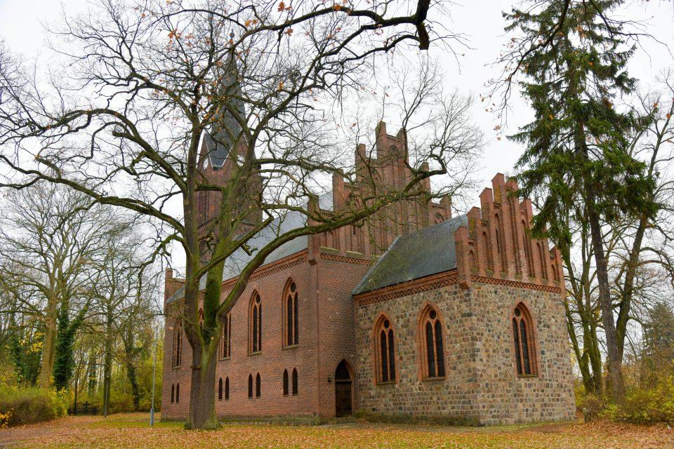 Die Kirche von Werneuchen - Auf dem Jakobsweg durch Brandenburg