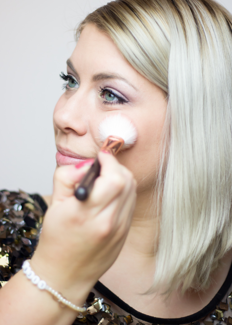 missesviolet-beautysamstag-festliches-make-up-fuer-weihnachten-8