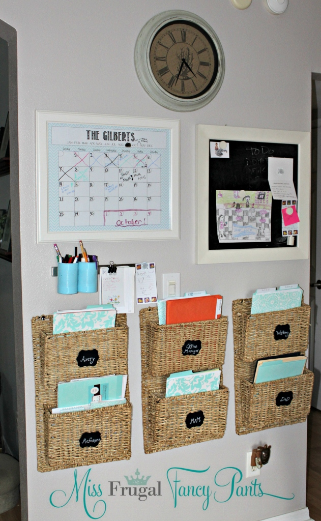 Family Command Center | missfrugalfancypants.com