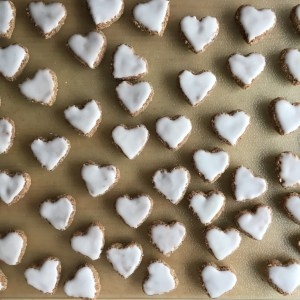 vegan backen ohne zucker Herzen Kekse