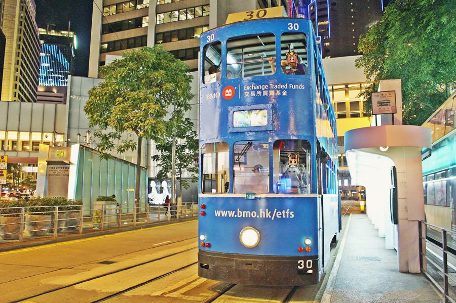 香港交通資訊   香港叮叮車 香港電車 Hong Kong Tramways 超便宜移動工具 成人只要2.3港元 頂層視野超好 香港旅行必搭交通工具
