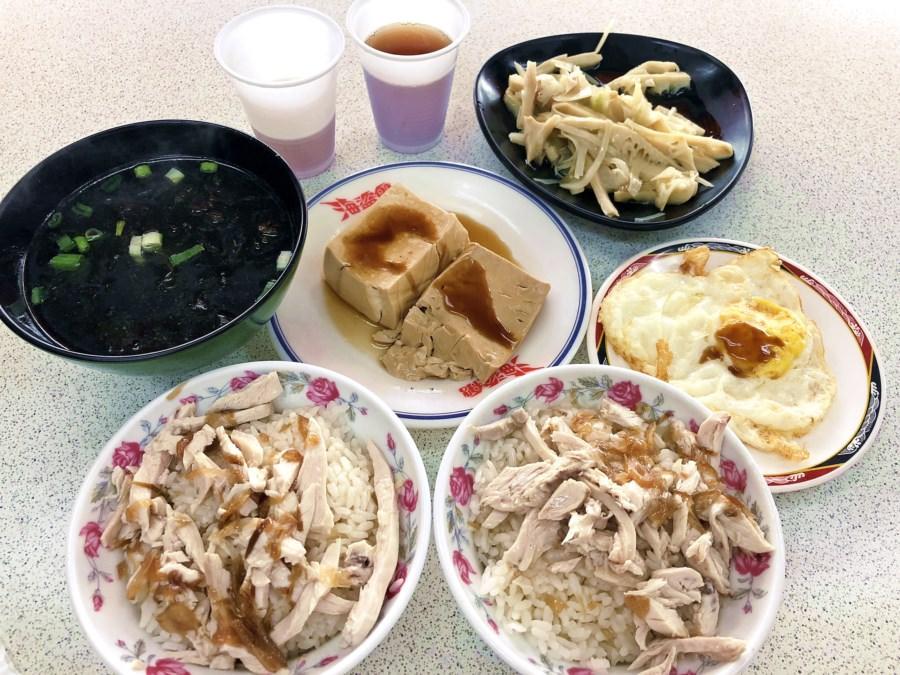 台中南屯美食【大新嘉義火雞肉飯/魯肉飯】免費紅茶無限暢飲!便當小吃都有賣!