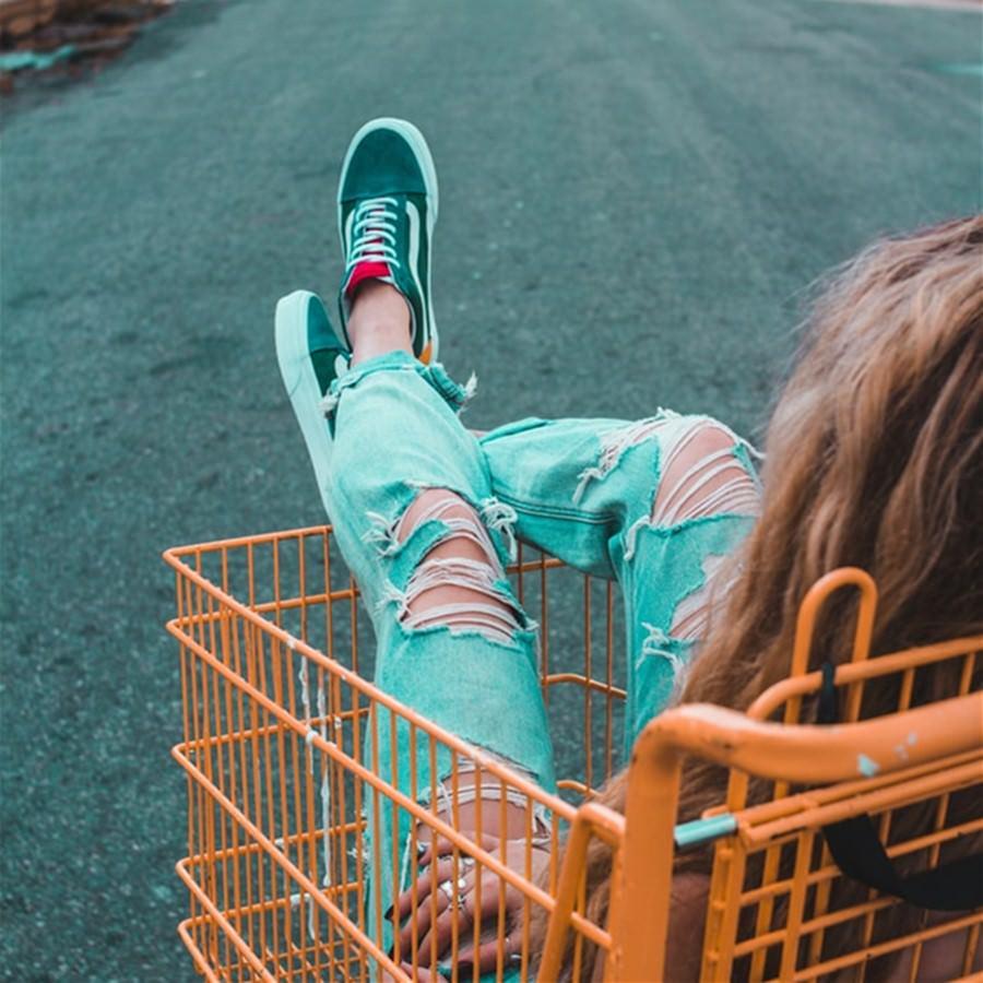 Costco好市多/家樂福/全聯【2021必買購物懶人包】哪些好物值得再買?哪些很雷不要踩?還有IKEA宜家家居/DAISO大創/大潤發/愛買/頂好/百貨公司/大賣場/超市/便利商店