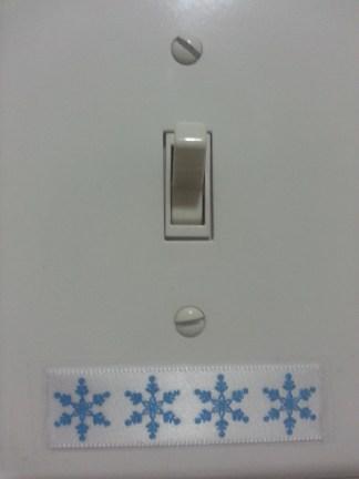 snowflake-ribbon