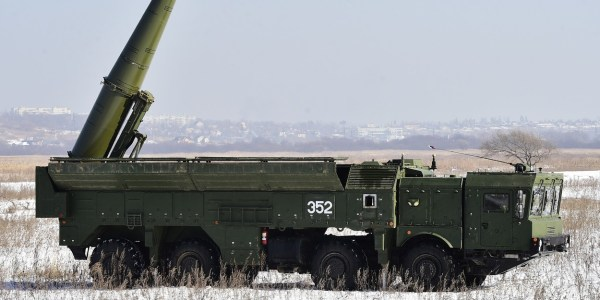 Russia to Deploy Avangard, S-350 Vityaz, and Iskander-M in 2019