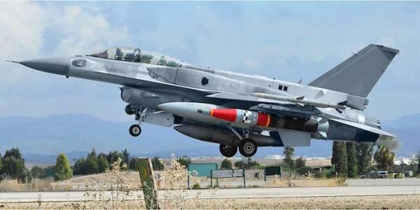 "Rafael Unveils Stand-off ""Rocks"" Missile"