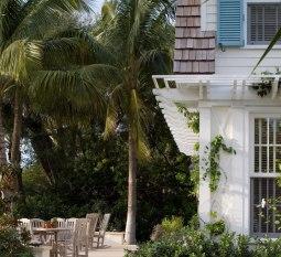 Архитектура США: стиль shingle, dutch colonial (реновация HistoricalConcepts). Источник