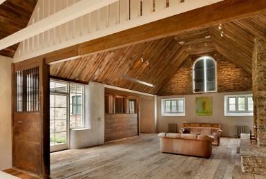 Реконструкция старого колониального дома в английском стиле XIX века. Источник www.nunorpcruz.com