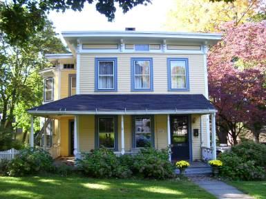 Дом в стиле Italianate, в Портленде, построенный в 1869 году. Источник http://www.flickriver.com/photos/63vwdriver/3028175761/