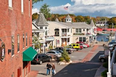 Центр города в Кэмдене, Мэн. Источник picsora.com