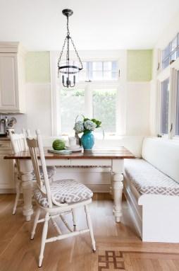 traditional-kitchen-dining-corner
