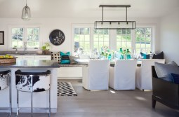 turquoise-glass-beach-style-dining-room