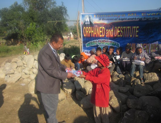 distribution-book-and-stationary-to-the-children