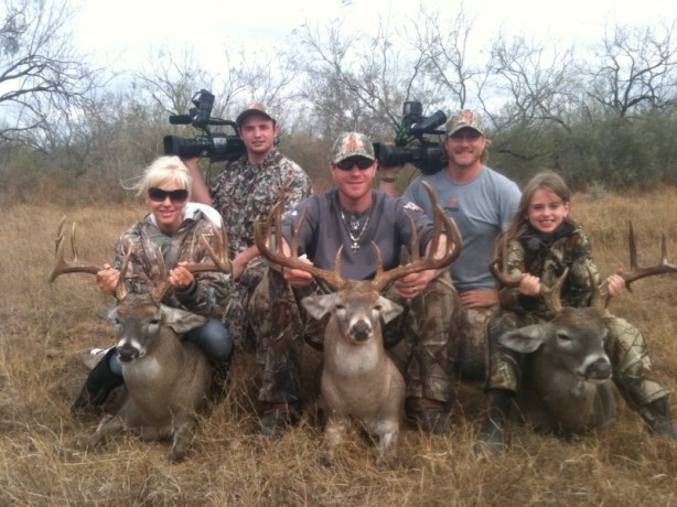 DA PRO owner Austin Manelick pictured with Major League Baseball MVP Texan Ranger Josh Hamilton and family.