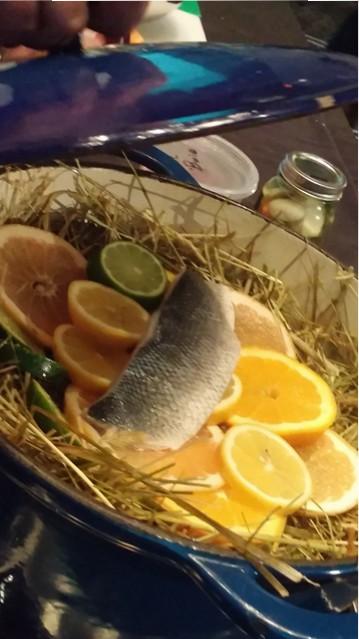 poisson et cuisson au foin