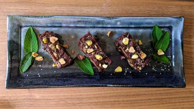 Terrine de chocolat et pistaches