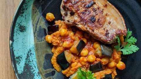 Côtelettes gaspor Curry de pois chiche Épurée carottes