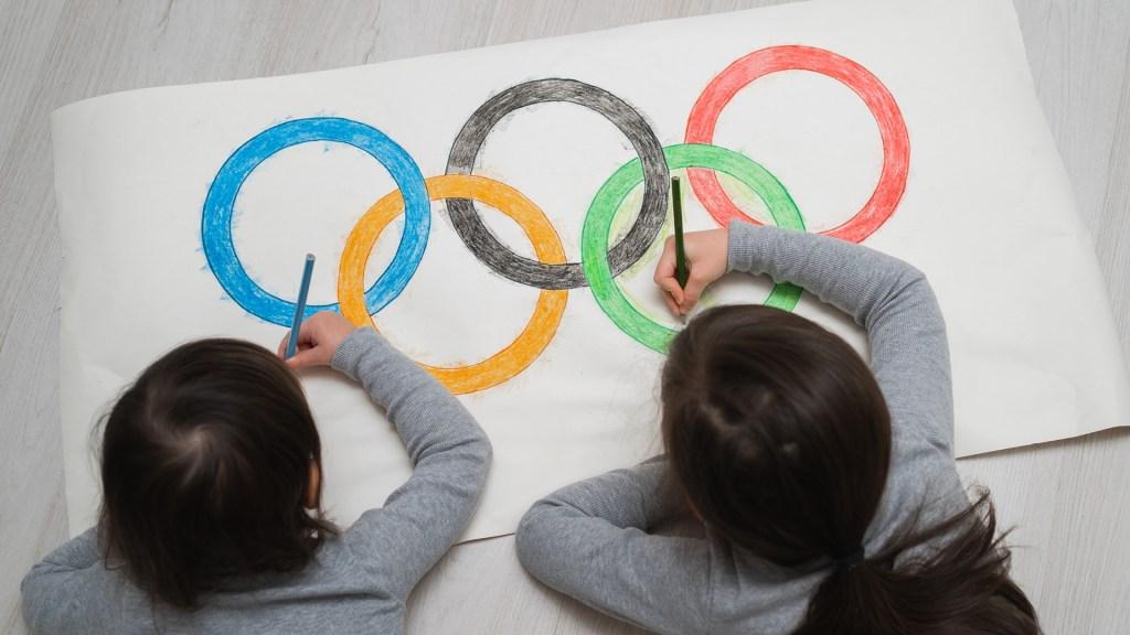 Bambini cerchi olimpici