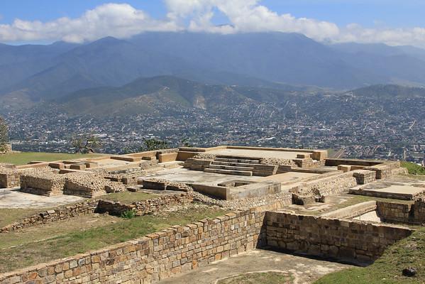 Atzompa, Dave Miller's Mexico, Oaxaca Archeology, Casa Oriente