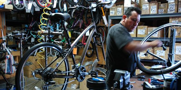 Mission Wheels V: Valencia Cyclery
