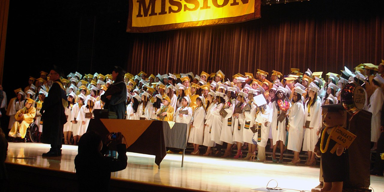 Mission High Seniors Face the Future — Happily