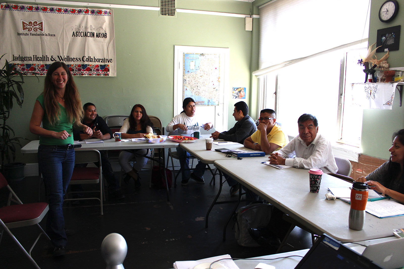 The class at Asociation Mayab in the Mission is a mix of different ages and cultural backgrounds. Photo by Laia Gordi.