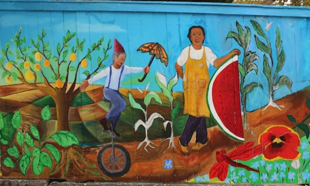 Art and Nature Play on New Mural on 17th Street