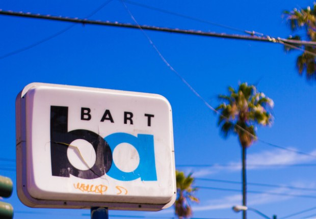 16th Street Bart. Photo by @numerokarla