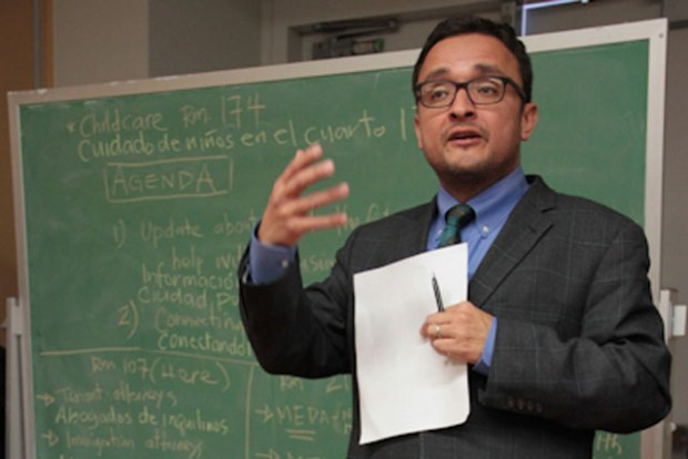 Supervisor David Campos speaks at a meeting for tenants displaced by fires. Photo by Daniel Mondragón.