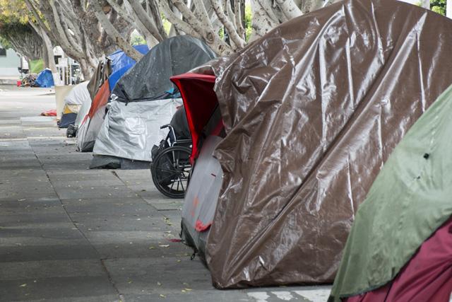 Billionaires Back Bid to Ban SF Homeless Camps