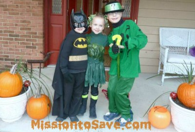 DIY Halloween Costumes- Batman Theme