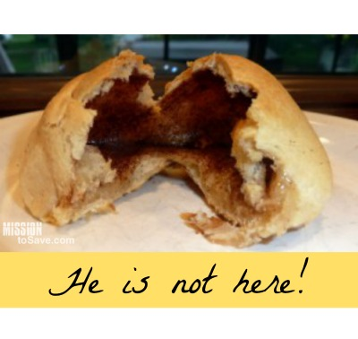 Learn how to make Resurrection Rolls! A sweet and simple way to tell such a powerful story. Start an Easter tradition with your family.