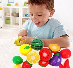 cutting fruit toy